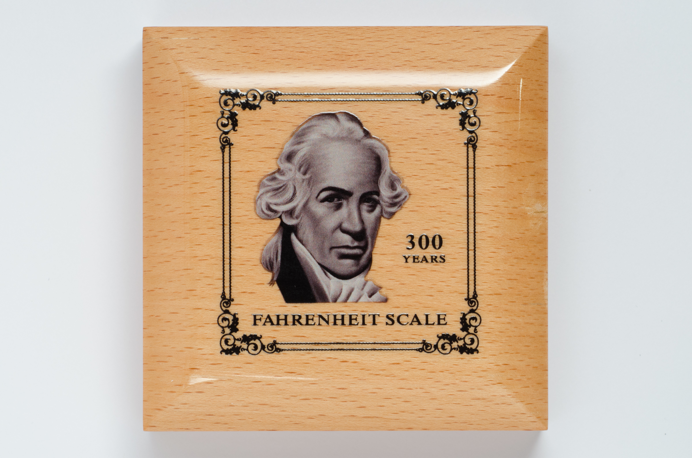a biography of gabriel fahrenheit Anders celsius was a swedish astronomer who built the uppsala observatory and invented the  developed by daniel gabriel fahrenheit,  anders celsius biography.
